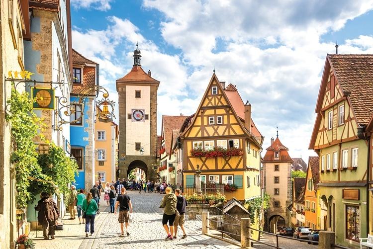 destinos Medievais mais bonitos da Europa série de lives