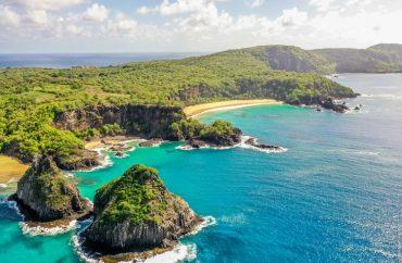Praia brasileira é eleita a melhor do mundo pelo TripAdvisor 5