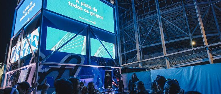 """Facebook celebra """"Todos os Grupos"""" em ativação no Rock in Rio 5"""