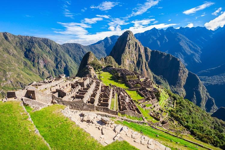 Peru reabre fronteiras para brasileiros