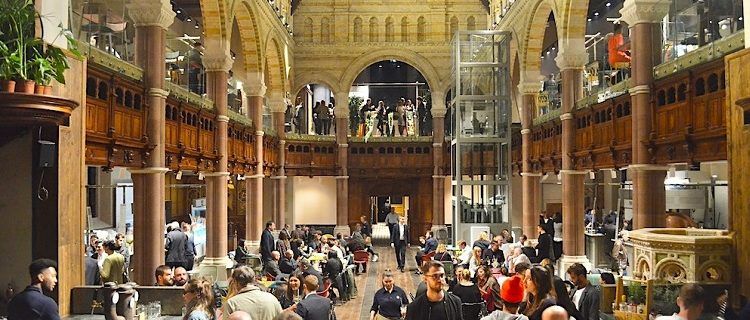 Mercato Mayfair: Antiga igreja anglicana vira mercado gourmet em Londres 1