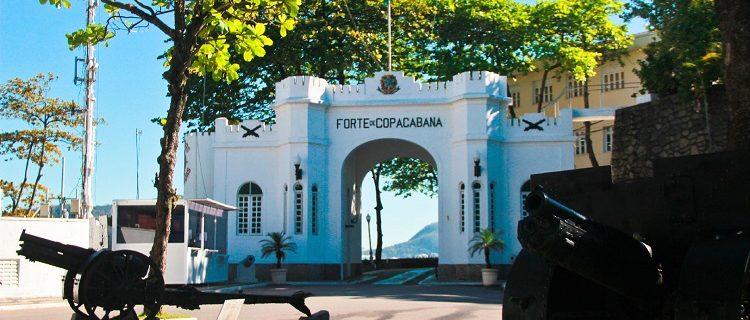 Revolta dosRevolta do Forte de Copacabana.