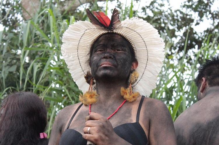 Povos indígenas