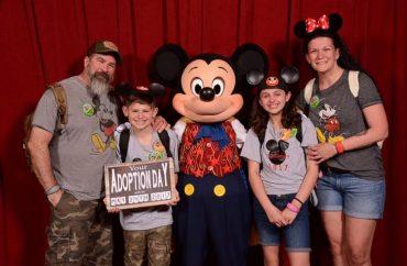 Disney: crianças se emocionam ao saberem que estavam sendo adotadas 9