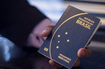 Trump já havia cogitado tomar a medida contra a entrada de brasileiros há alguns dias, devido ao aumento do número de casos no Brasil