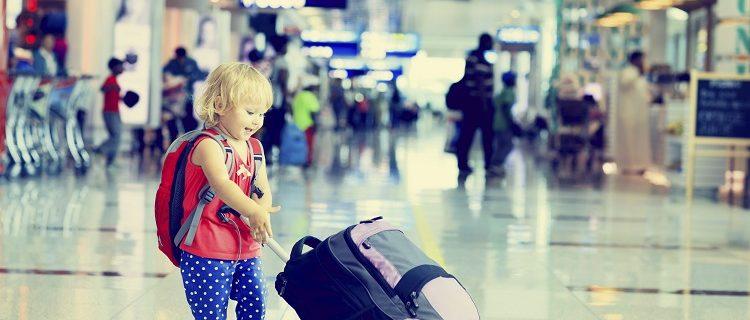 Dicas para viajar de avião com crianças 8